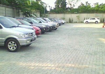 Paving Block Model Bata Proyek Area Parkir PT. Erlangga Jl. H. Baping