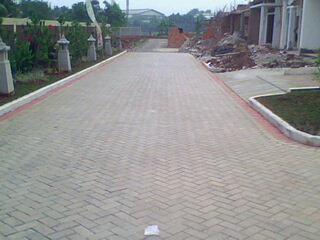 Paving Block Model Bata Proyek Puri Gading Residence 2 Cimanggis